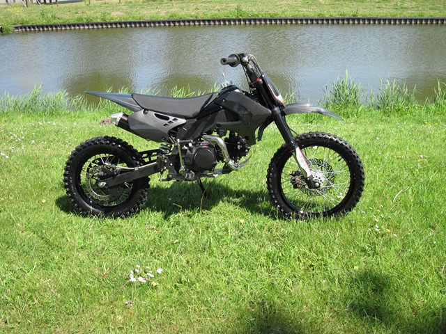AGB-29B carbon-look 140cc Dirt-bike(2nd hand)